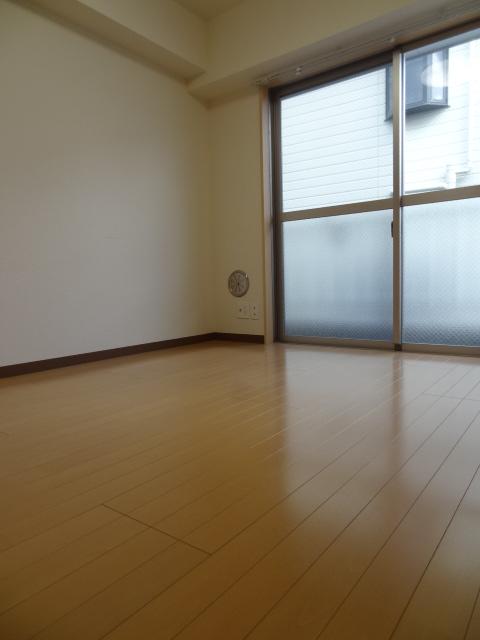 蕨プラザK棟303号室 (1)