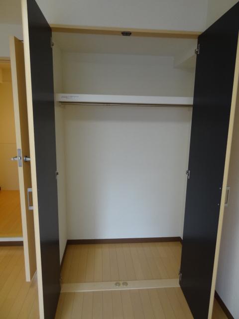 蕨プラザK棟303号室 (2)