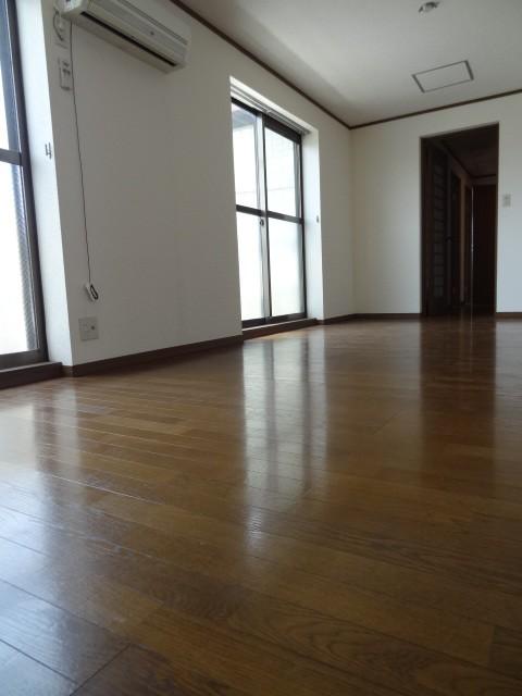 ビオス301号室内写真 (4)